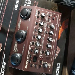 BOSS - AD10 ACOUSTIC PREAMP